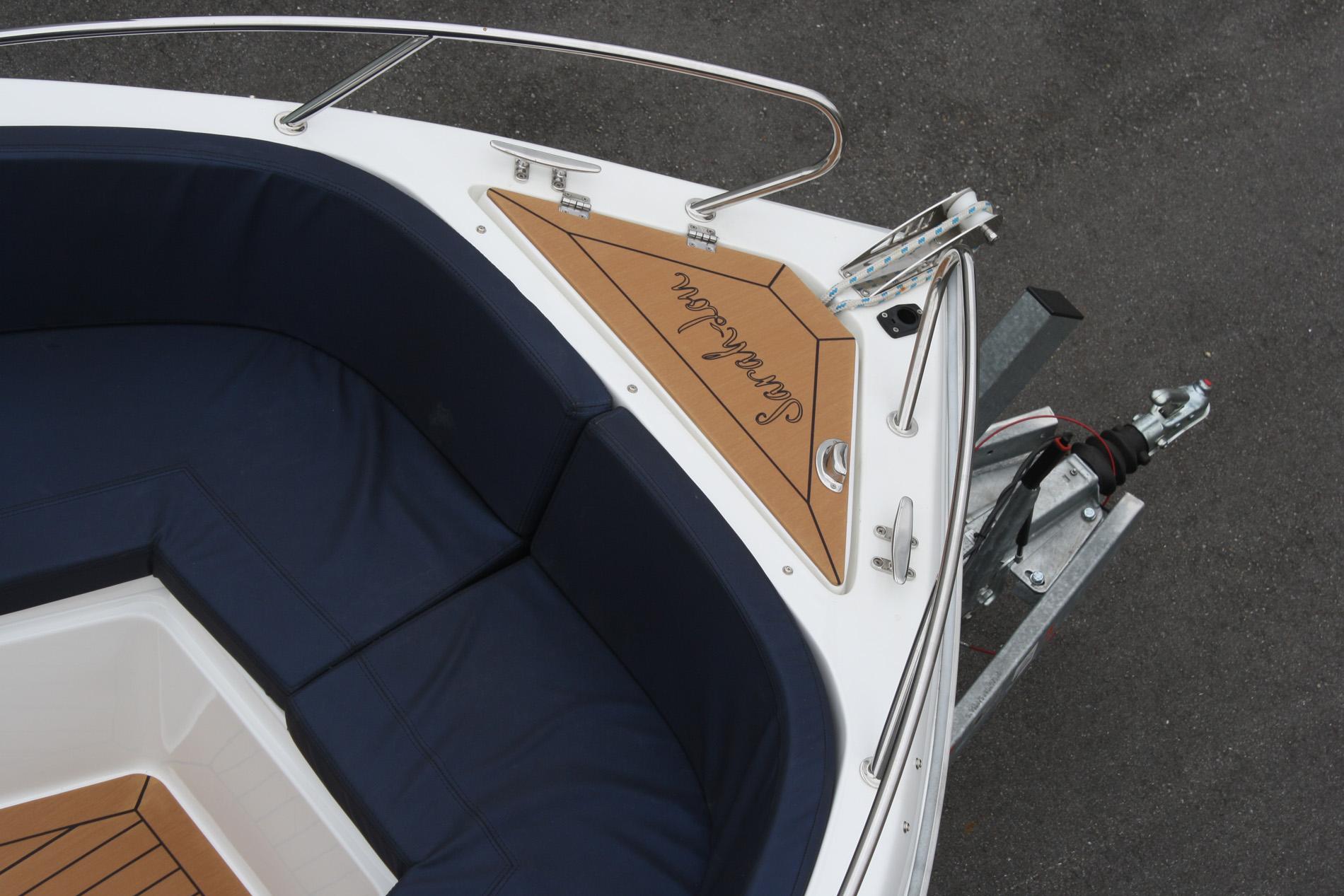 Individuelle Designs - Beläge für Boote - Decksbelag in Teakoptik